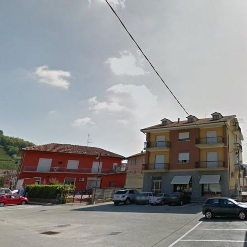 Mercato di Vezza d'Alba