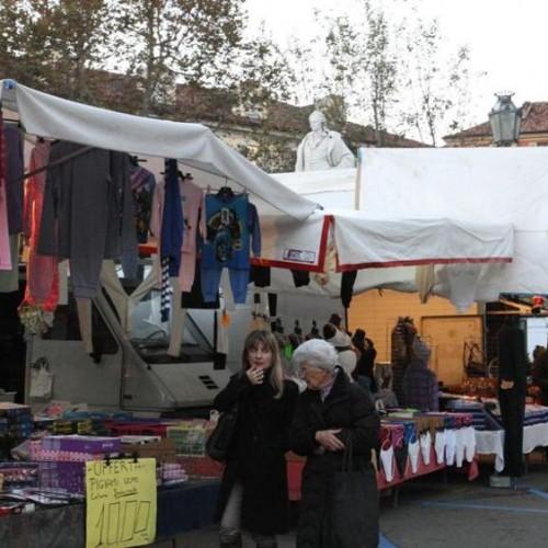 Mercato di Asti - p.zza Campo del Palio