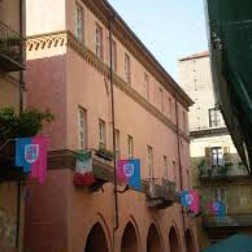 TAPPA 4  Casa Giuliano (detta Sacco) o Loggia dei Mercanti