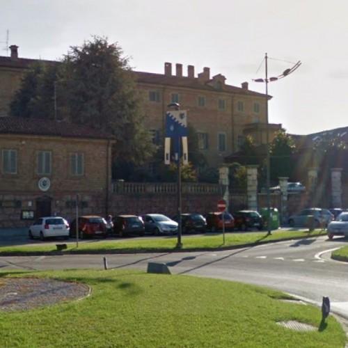 TAPPA 11  Mura romane, Palazzo vescovado e Statua di Augusto Manzo